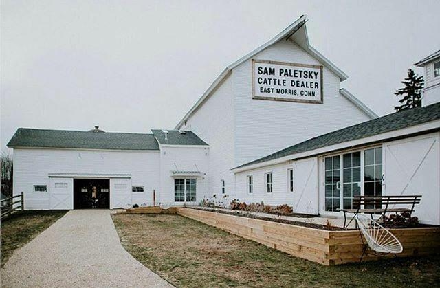 the barn restaurant morris ct