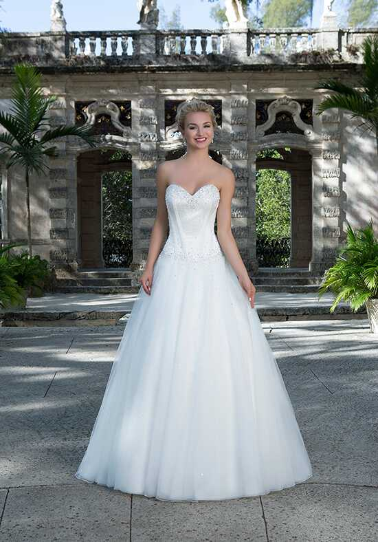 Sincerity Bridal 3894 Wedding Dress photo