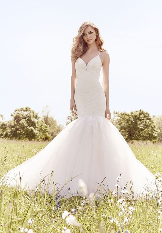 Jim Hjelm 8667 Mermaid Wedding Dress