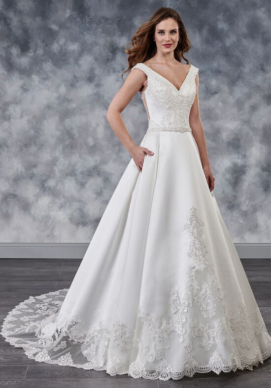 2c8cb67f7696 Wedding Dresses | The Knot