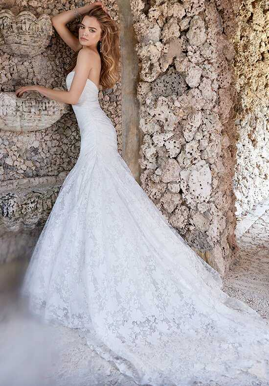Jim Hjelm 8509 Wedding Dress