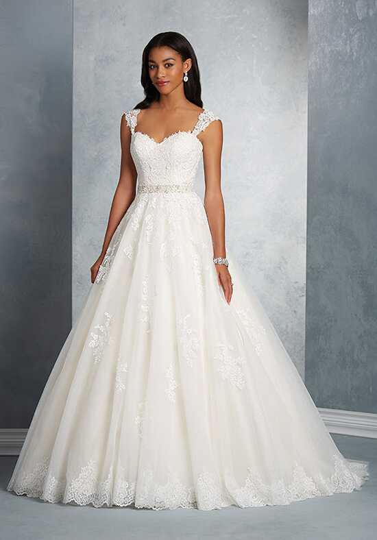 Alfred Angelo Signature Bridal Collection 2602 A-Line Wedding Dress