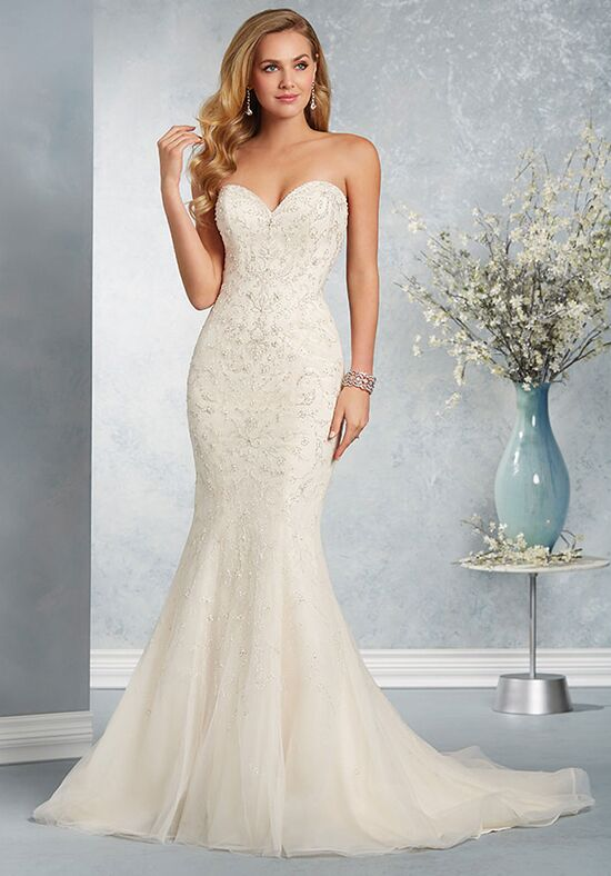Alfred Angelo Signature Bridal Collection 2618 Sheath Wedding Dress