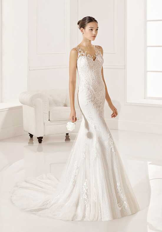 Adriana Alier Zabid Sheath Wedding Dress