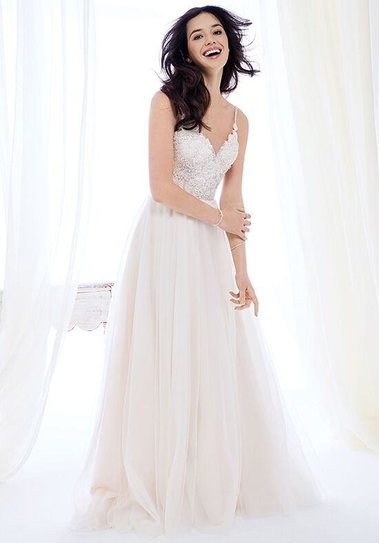 Kenneth Winston: Ella Rosa Collection BE400 Wedding Dress - The Knot