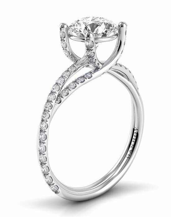 Danhov Round Cut Engagement Ring