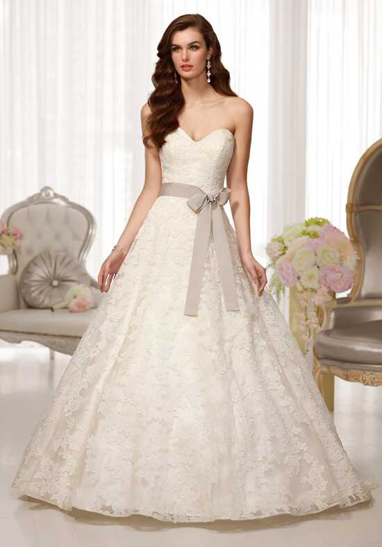 Essense of Australia D1520 A-Line Wedding Dress