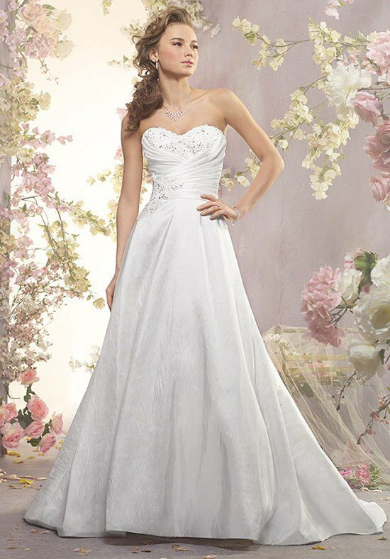 Alfred Angelo Signature Bridal Collection 2409 A-Line Wedding Dress