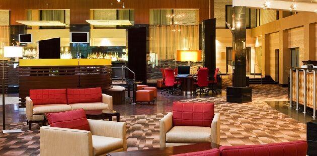Kerri seales and matthew daniele daniele 39 s wedding website for Hotels on motor parkway long island