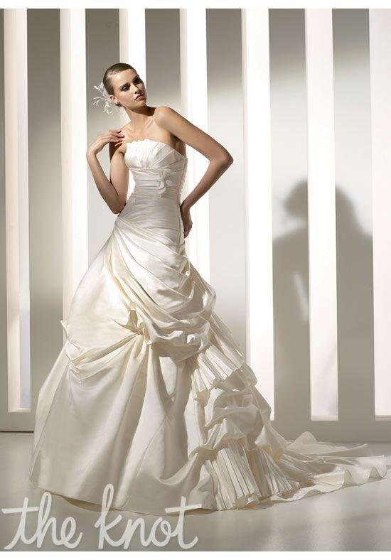 PRONOVIAS Melbourne Ball Gown Wedding Dress