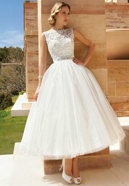 Demetrios DR193 Wedding Dress
