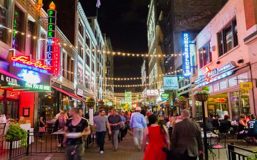 East 4th Street Is Home To Some Of The Most Por Restaurants In Downtown Cleveland Conveniently Located Just A 10 Minute Walk From Playhouse Square