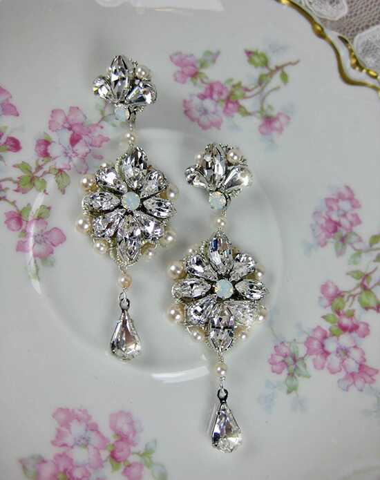 Everything Angelic Julia Earrings - e347 Wedding Earrings photo