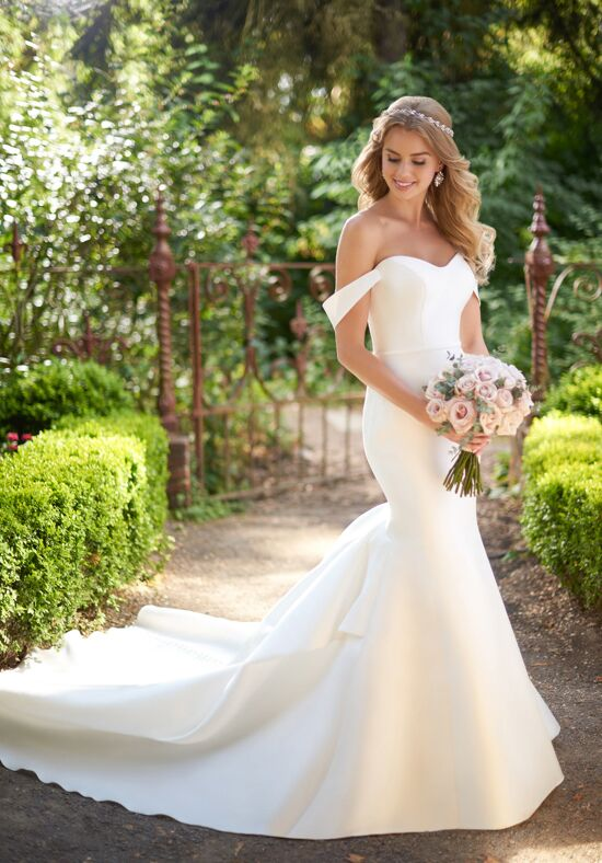 Martina Liana 914 Mermaid Wedding Dress
