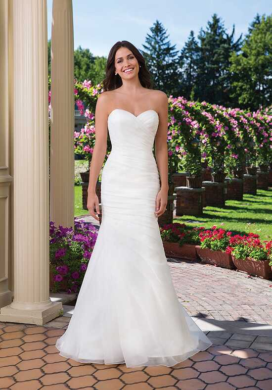 Sincerity Bridal 3915 Wedding Dress photo