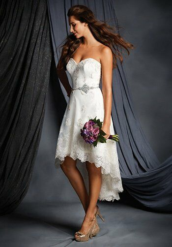 alfred angelo signature bridal collection 2512 wedding dress the knot. Black Bedroom Furniture Sets. Home Design Ideas