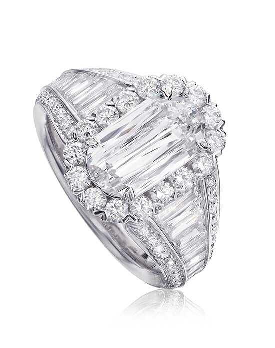 L'Amour Crisscut Oval Cut Engagement Ring