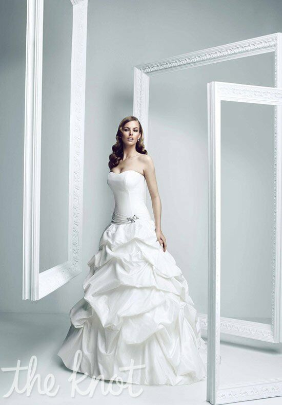 Simone Carvalli 7157 Wedding Dress
