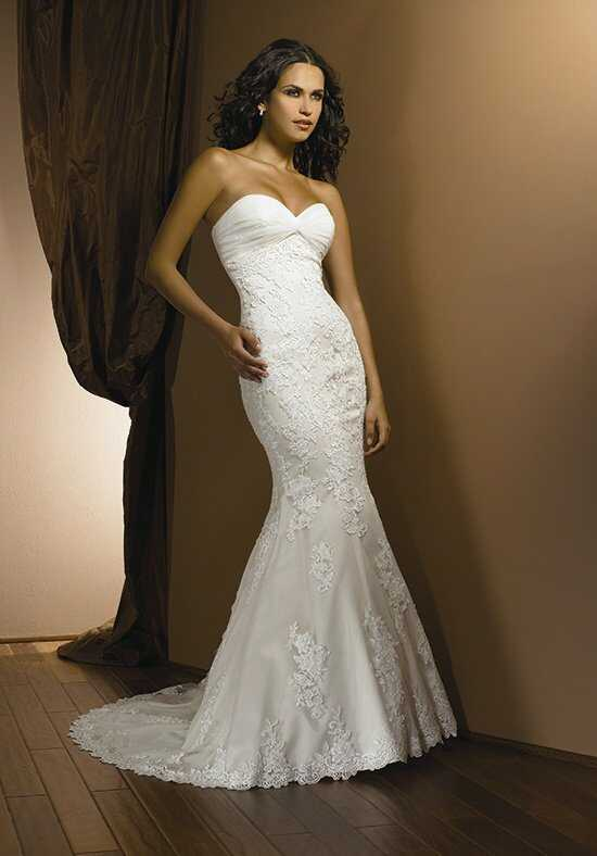 Allure Romance 2302 Wedding Dress photo