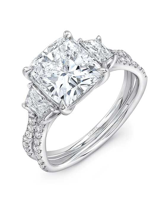 Platinum Jewelry Elegant Cushion Cut Engagement Ring