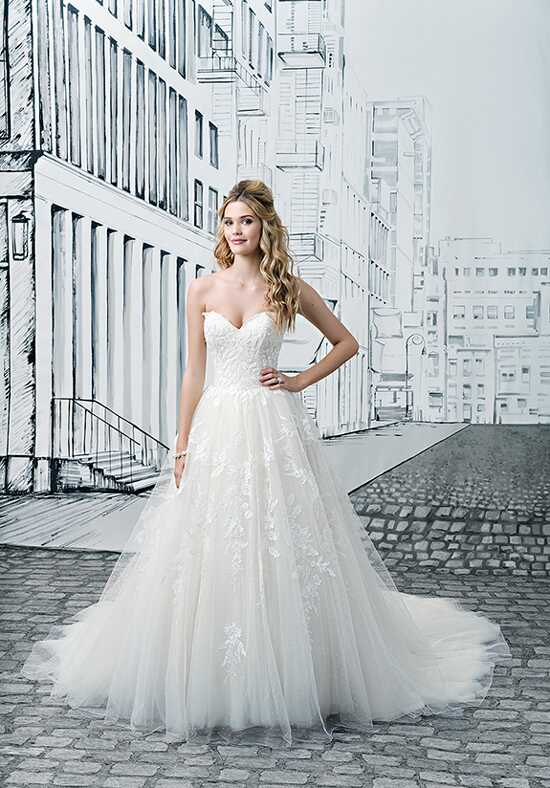 Justin Alexander 8908 Ball Gown Wedding Dress