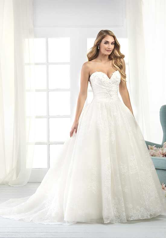 Bonny by Bonny Bridal 822 A-Line Wedding Dress