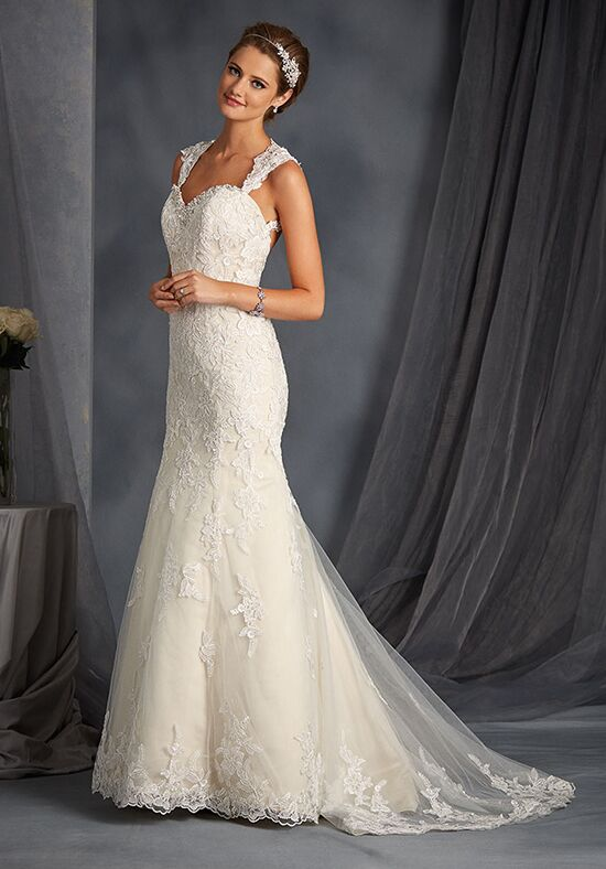 Alfred Angelo Signature Bridal Collection 2545 Wedding Dress