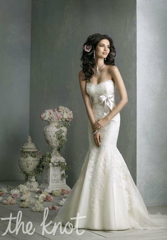 Jim Hjelm JH8850 Wedding Dress - The Knot