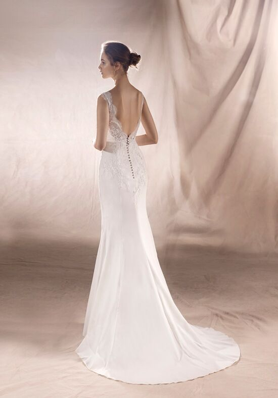 White One Saturn Wedding Dress The Knot