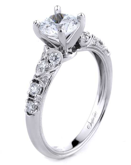 Supreme Jewelry Elegant Round Cut Engagement Ring