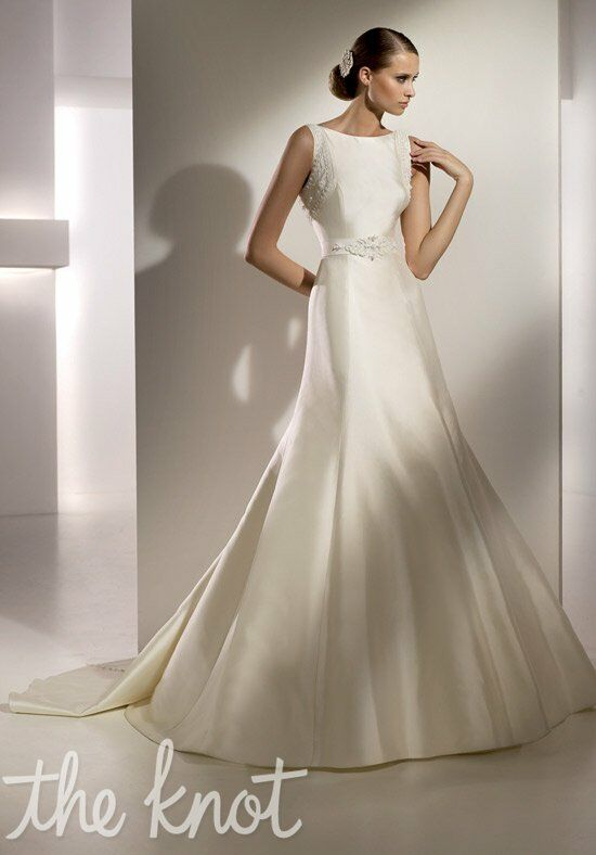 Pronovias milan wedding dress the knot for Wedding dresses the knot