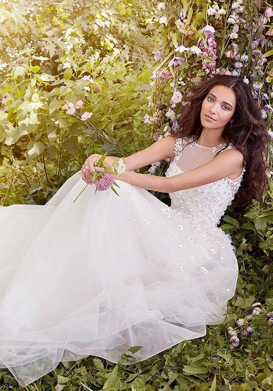 Jim Hjelm 8552 Ball Gown Wedding Dress