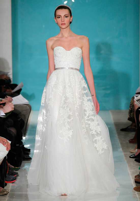 Reem Acra Heavenly Lace Wedding Dress photo
