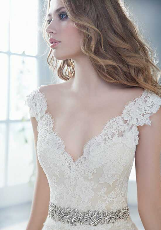 Alvina Valenta 9412 Mermaid Wedding Dress