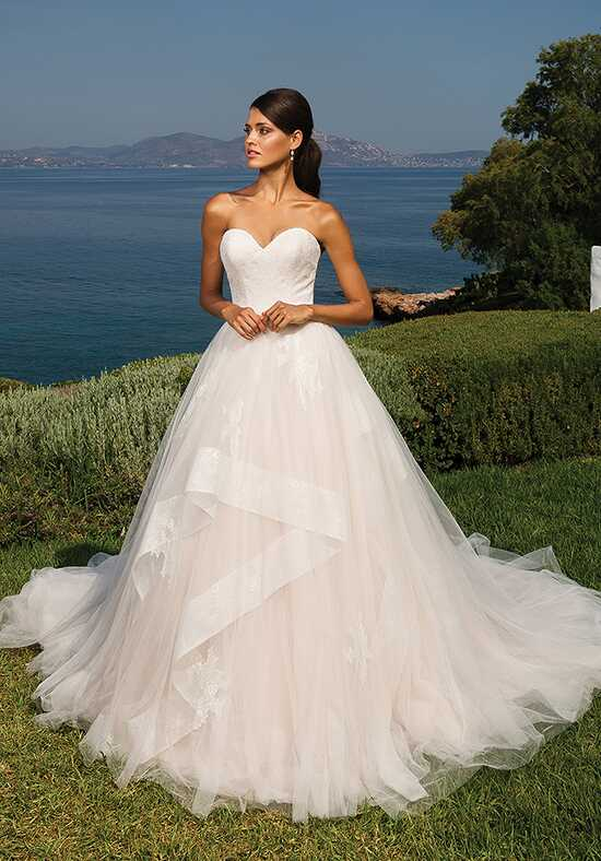 Justin Alexander 8951 Ball Gown Wedding Dress