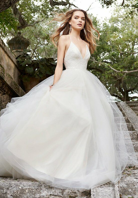 Jim Hjelm 8504 Ball Gown Wedding Dress
