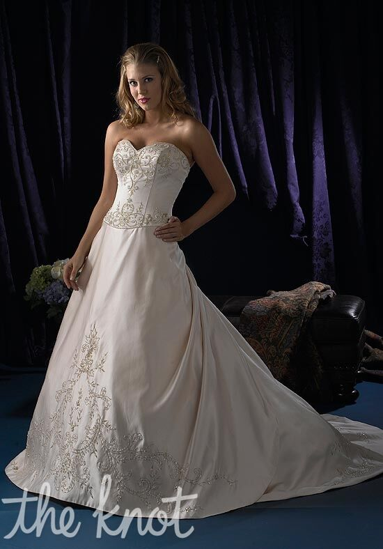 Jacquelin Exclusive 9696 Wedding Dress The Knot