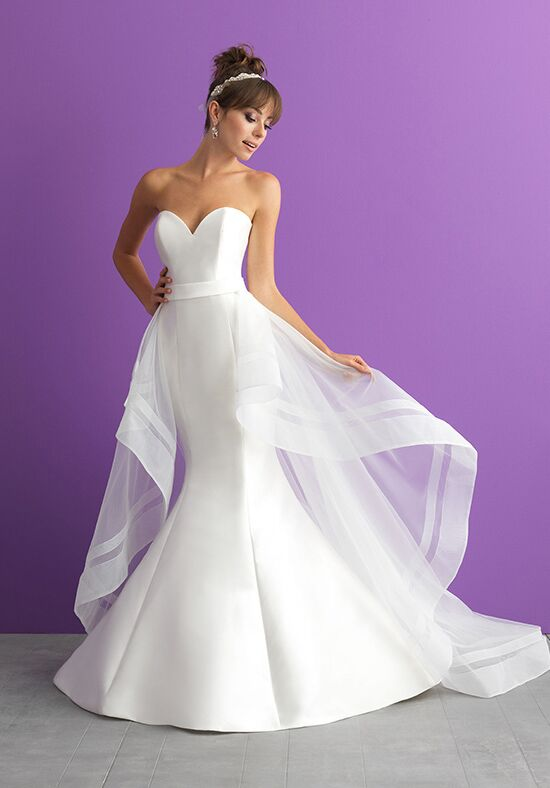 Allure romance 3000 wedding dress the knot for Wedding dresses under 3000 melbourne