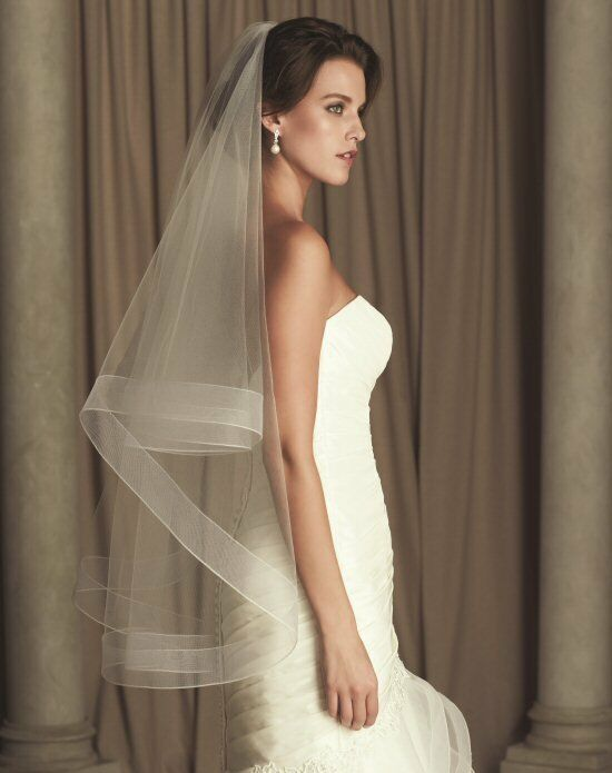 Paloma Blanca Veils Collection V443F Ivory Veil