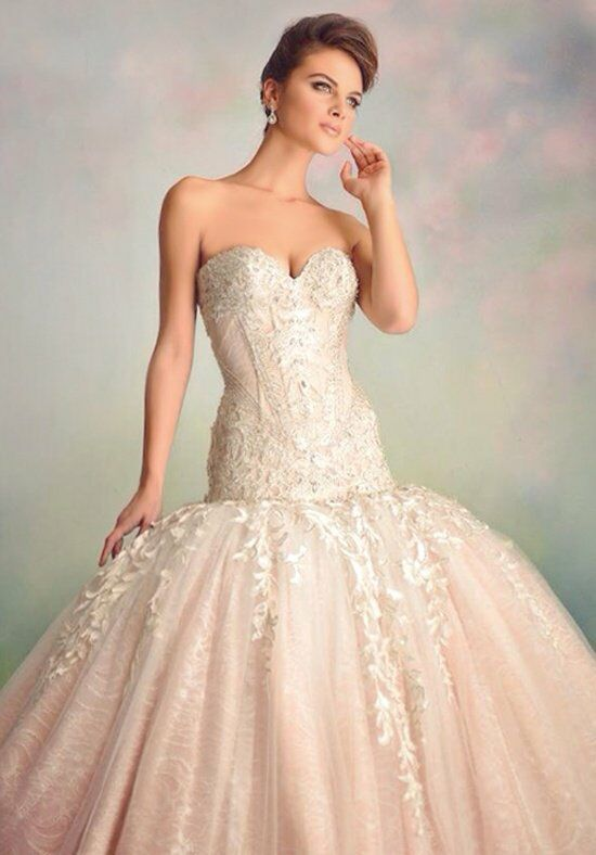 Ysa makino kym53 wedding dress the knot for Ysa makino wedding dress