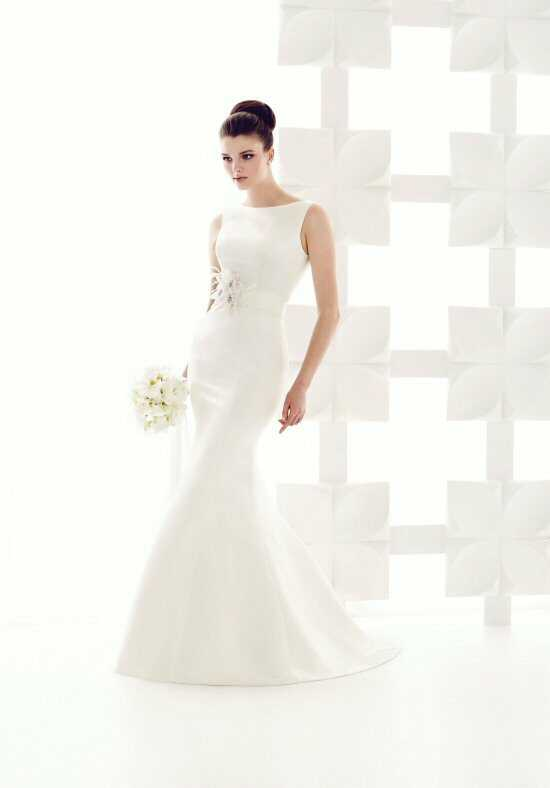 Mikaella 1700 Mermaid Wedding Dress
