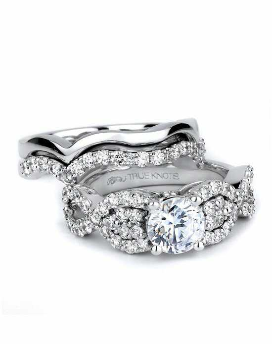 TRUE KNOTS Round Cut Engagement Ring