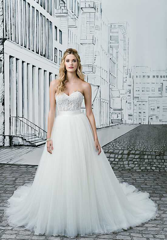 Justin Alexander 8900 Ball Gown Wedding Dress