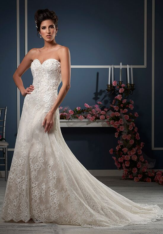 Essence Collection by Bonny Bridal 8601 Wedding Dress