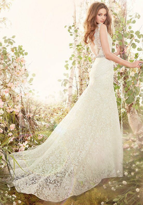 Jim Hjelm 8402 Mermaid Wedding Dress