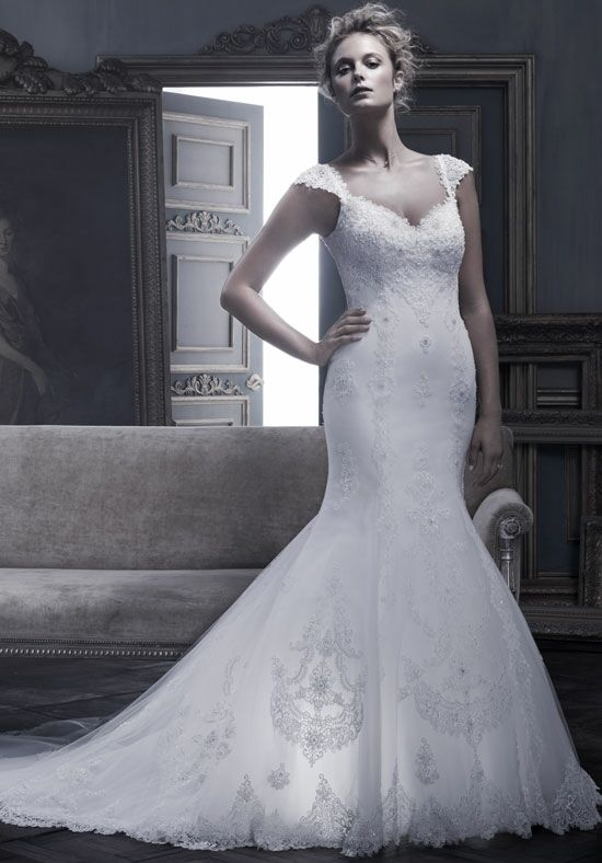 Cb couture b053 wedding dress the knot for Cb couture wedding dresses