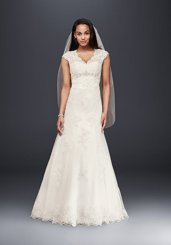 David's Bridal David's Bridal Collection Style T 3299 A-Line Wedding Dress