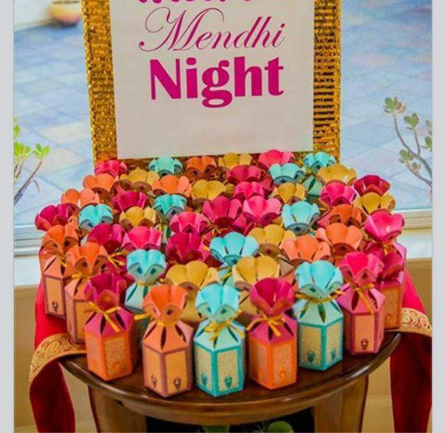 Mehndi Party Presents : Drishti arora and hitesh sahney s wedding website