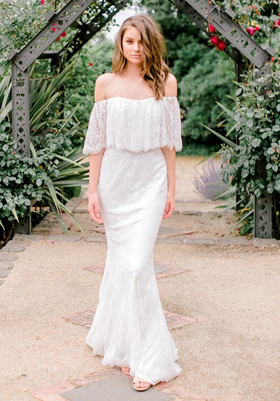 KAREN WILLIS HOLMES Tabby Sheath Wedding Dress