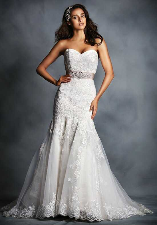 Signature Collection by Alfred Angelo 2506 Wedding Dress photo